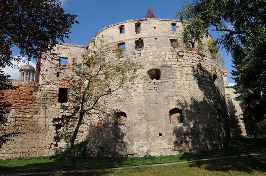 ТОП 7 замків Тернопільщини для сімейних мандрівок