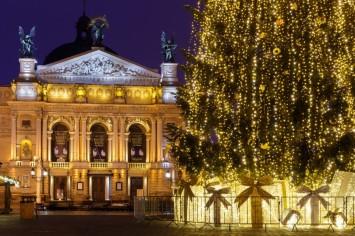 Три найкращі безкоштовні локації де відсвяткувати Новий рік у Львові