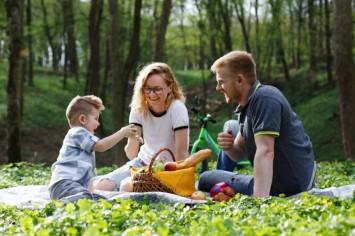 Як захистити себе та свою родину від кліщів