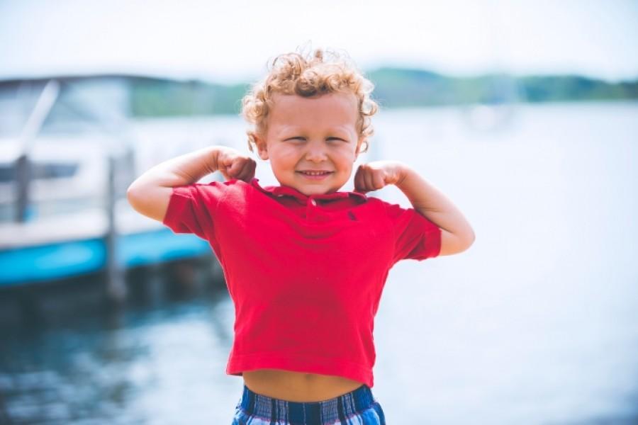 10 речей, які батьки не повинні робити замість дітей