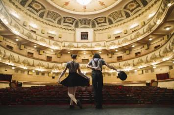 Театр в мережі: де подивитися найзнаменитіші театральні постановки