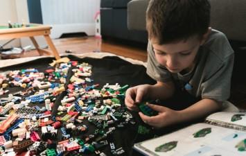Як вибрати безпечний дитячий конструктор?