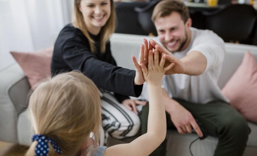 Мамам і татам на замітку: як навчити дитину не перебивати, корисні поради