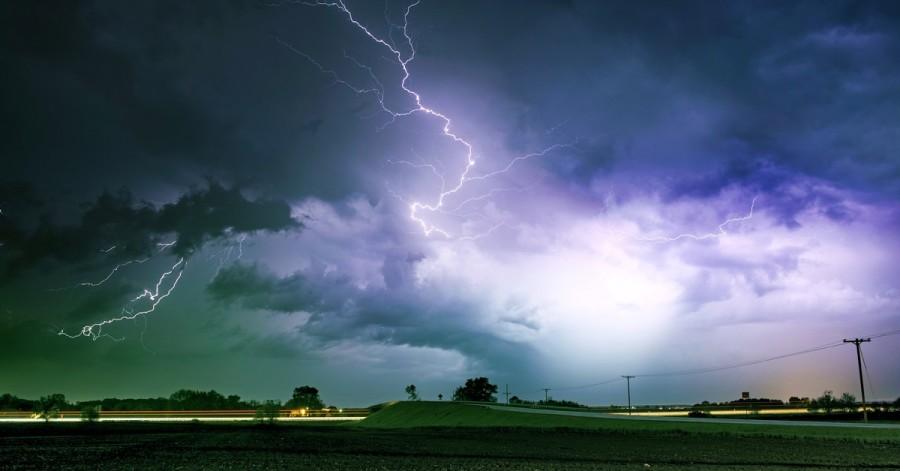 Як уберегтися від грози і блискавки: правила поведінки при поганій погоді