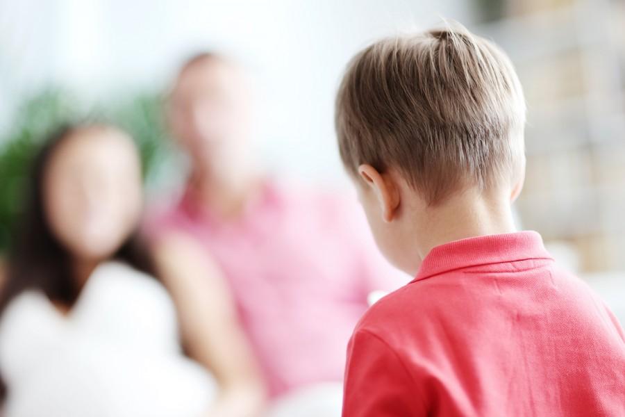 5 токсичних фраз, які ми говоримо дітям та чим їх варто замінити