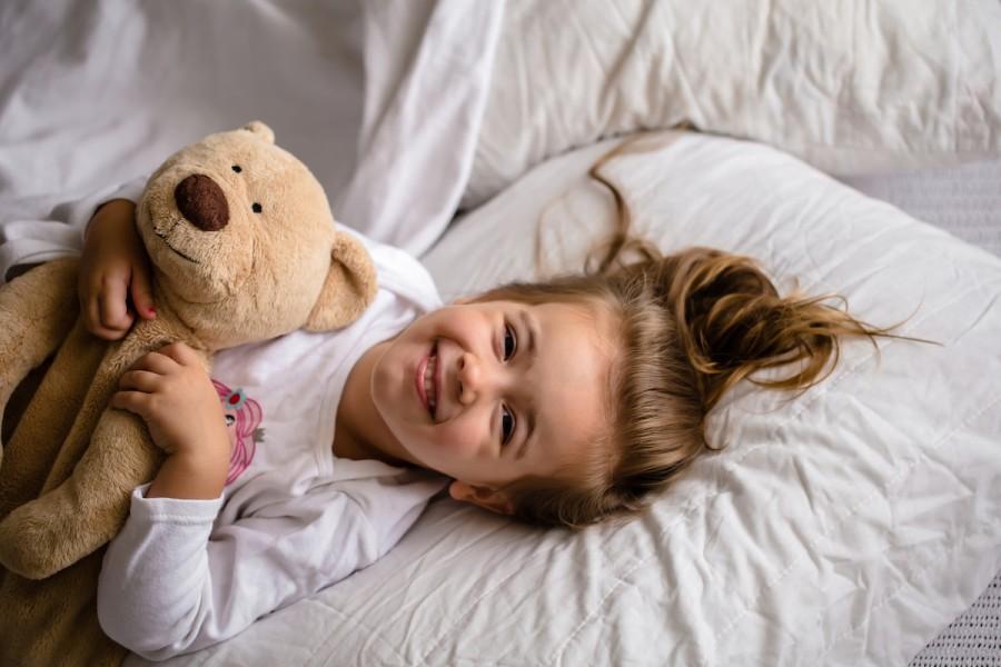 Сонні книжки: добірка казок, які допоможуть вкласти дитину спати
