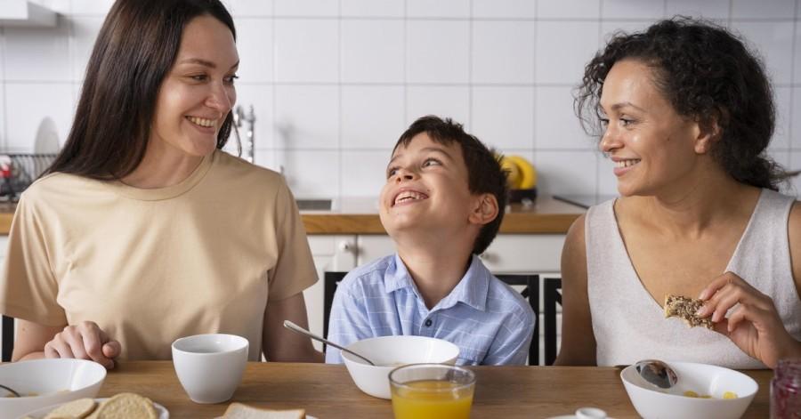 Топ ідей для сімейних сніданків
