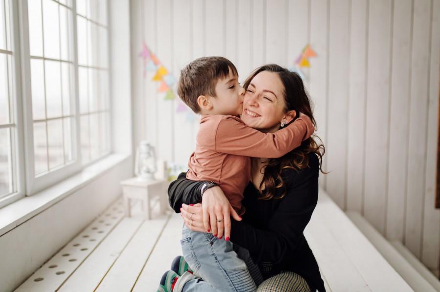 20 запитань, які допоможуть дізнатися що дитина думає про маму
