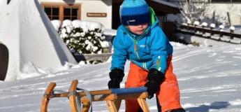 Зима в місті: де у Львові покататися на санчатах