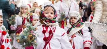 Різдвяні колядки та щедрівки для дітей