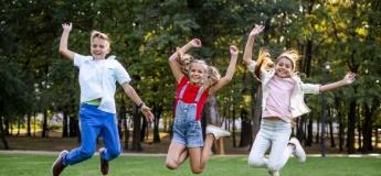 Школа для батьків: що робити, якщо дитина не може знайти друзів
