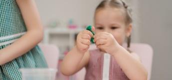 Натуральний пластилін: топ-5 рецептів безпечної маси для ліплення