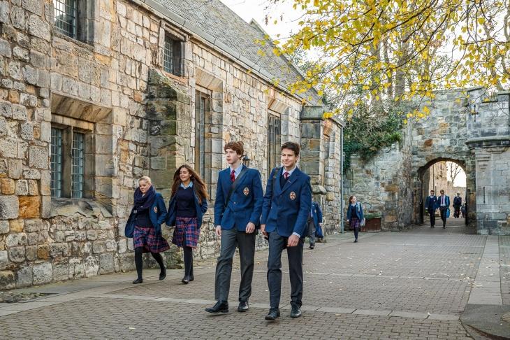 Виставка школи-пансіони Великобританії